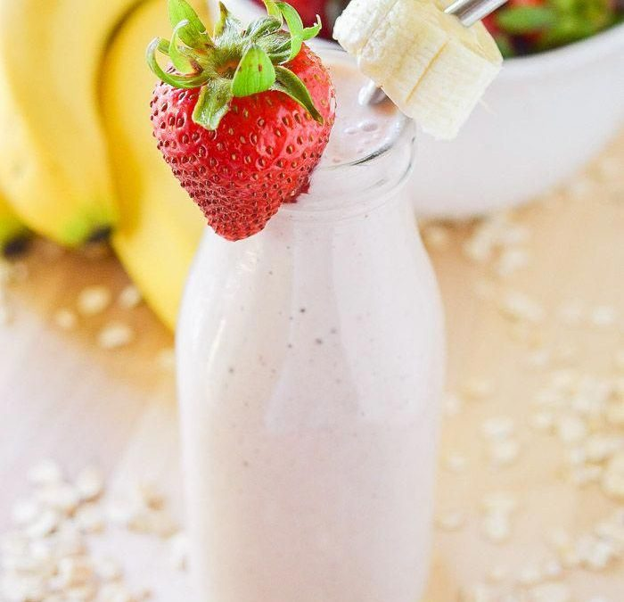 Banana Strawberry Oatmeal Smoothie